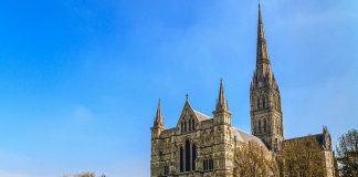 6 Arsitektur Bangunan Katedral Terindah di Inggris