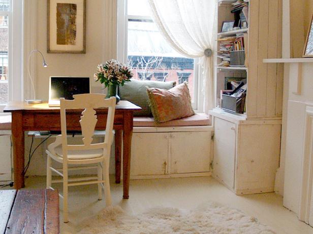 dp_caicedo-living-room_4x3-jpg-rend-hgtvcom-616-462