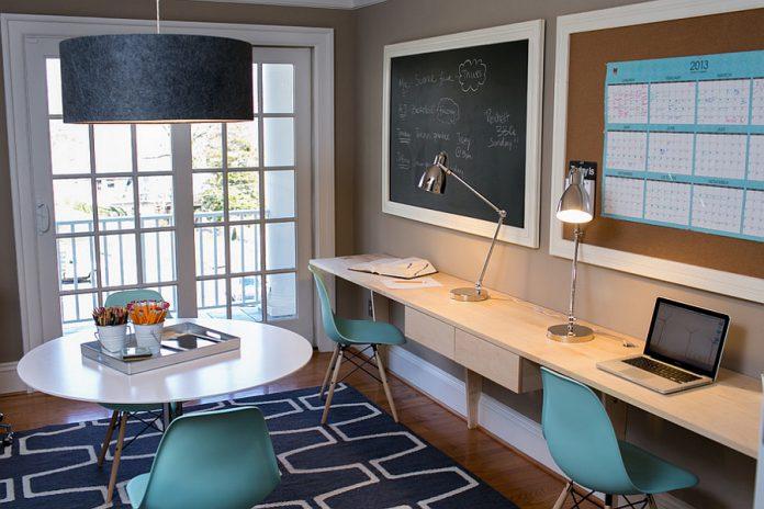 Desain Ruang Kerja Pribadi di Rumah Yang Unik dan Nyaman