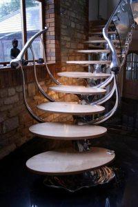 model-tangga-rumah-minimalis-dan-unik-4