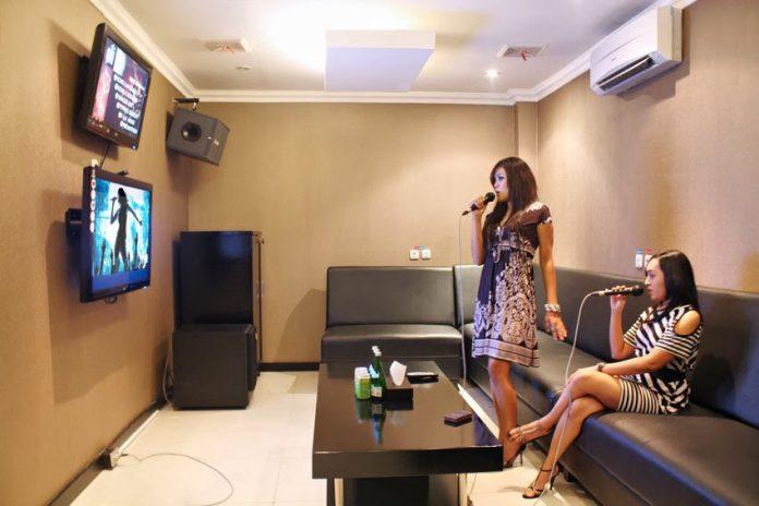 Membuat Ruangan Karaoke di Rumah? Kenapa Tidak?