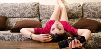 Tips Aman Saat Tinggal Sendiri di Rumah