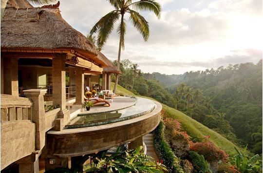 6 Hotel dengan Lokasi Terindah di Indonesia