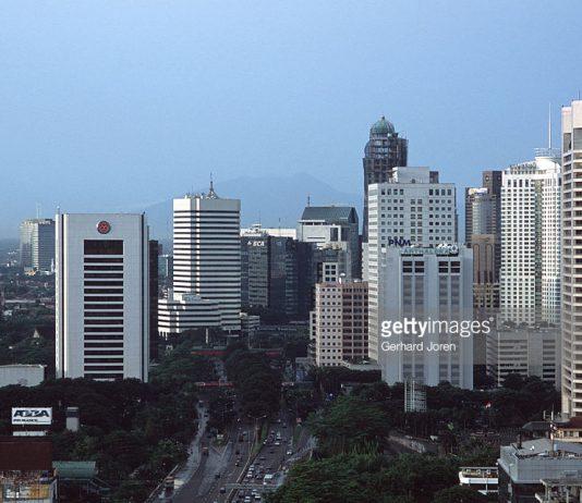 Kantor harus di kawasan Segitiga Emas Jakarta ?