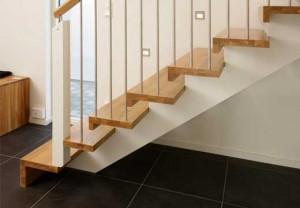 gambar-tangga-kayu-300x208