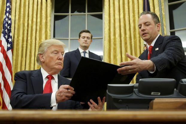 Trump dandani Ruangan di Gedung Putih