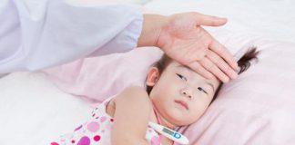 6 Mitos Tentang Demam pada Anak yang Masih Dipercaya