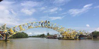 Siap Beroperasi di 2017, Ini Jembatan Apung Pertama di Indonesia