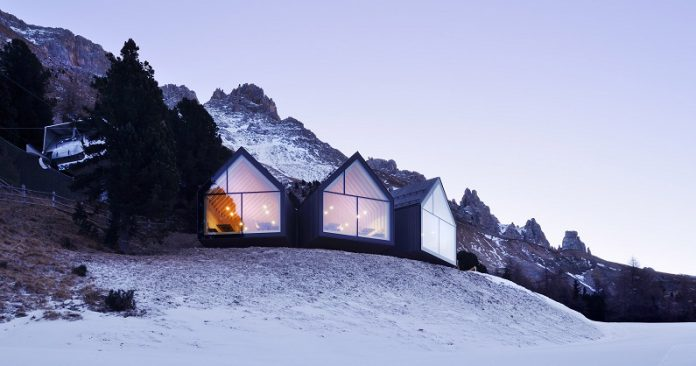 Wow! Restoran Italia Ini Tawarkan Pemandangan Pegunungan Salju