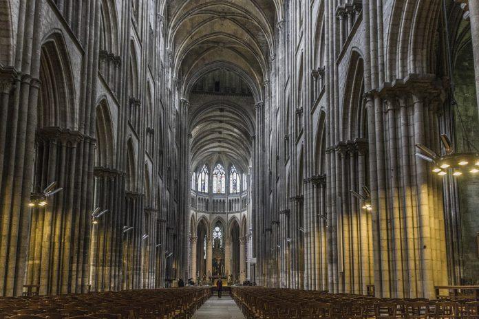 9 Gereja Dengan Desain Paling Keren dan Spektakuler di Dunia
