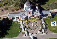 Rumah Michael Jackson Dijual Setengah Harga