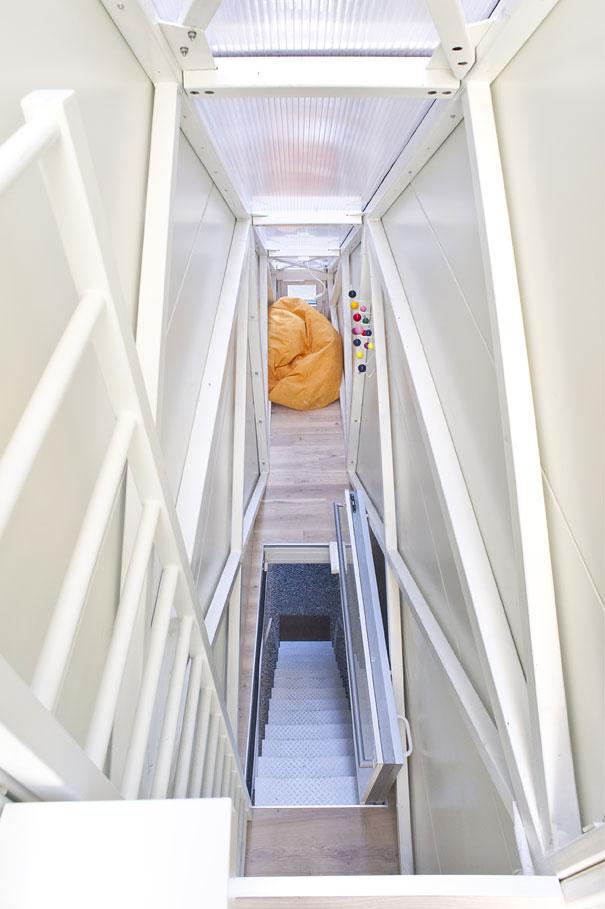 Rumah Tersempit di Dunia/World's Slimmest House, Polandia