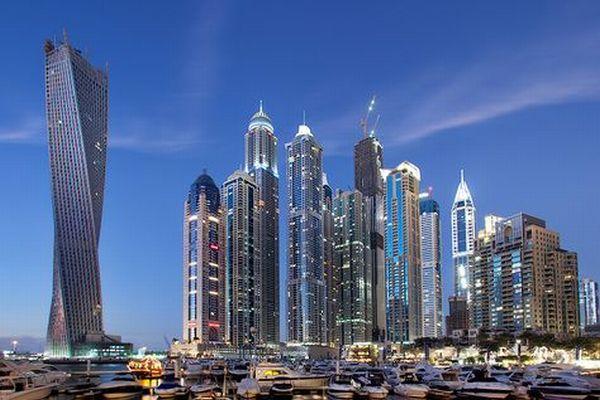 The Dynamic Tower , Dubai, UEA