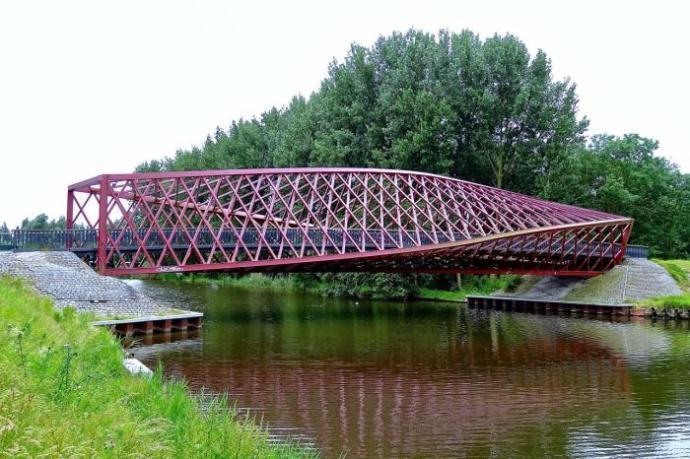 8 Jembatan Unik Dan Keren Yang Ada di Dunia