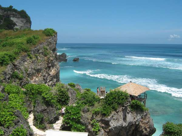Pantai Blue Point di Bali