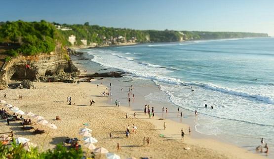 Pantai Dreamland di Bali