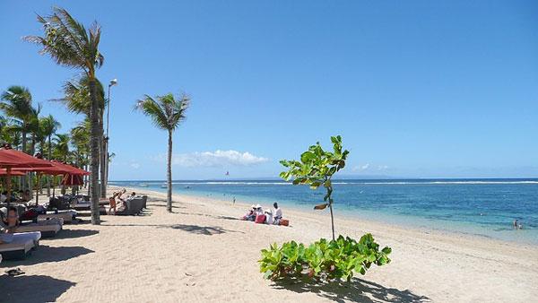 Pantai Nusa Dua di Bali