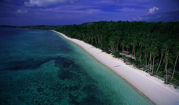 Pantai Pasir Panjang di Singkawang