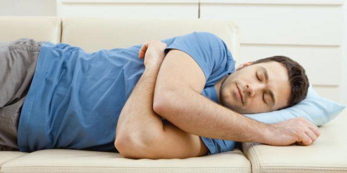 Bahaya Yang Terjadi Jika Langsung Tidur Setelah Makan Malam