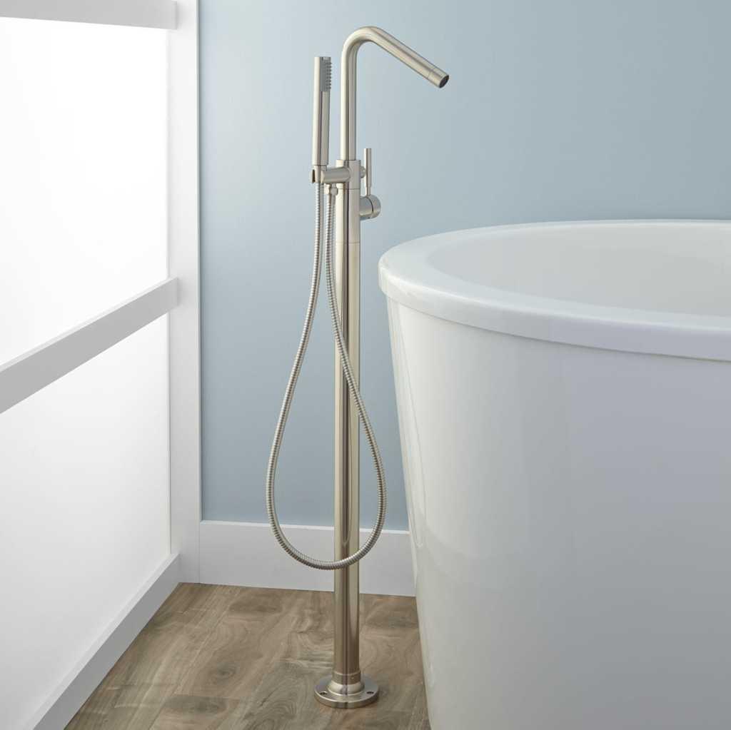keran-bathtub-kamar-mandi-modern