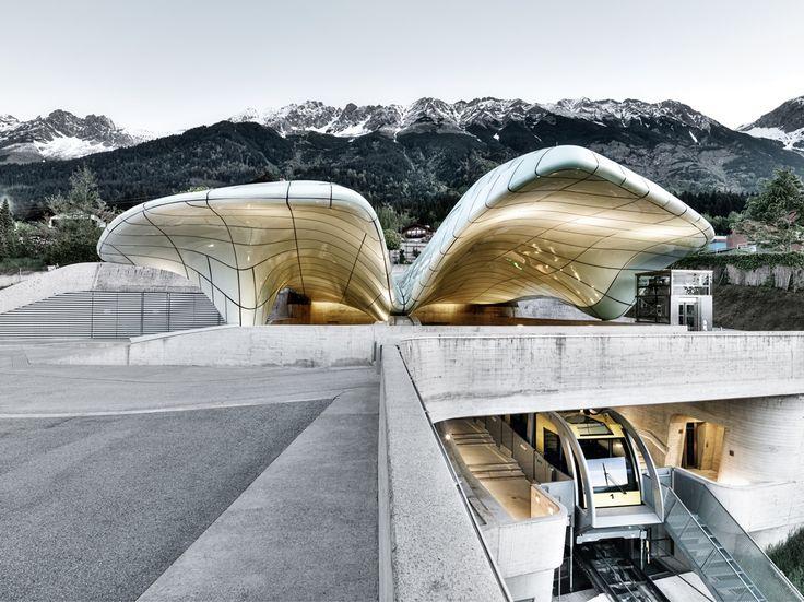 Inilah 5 Bangunan Paling Keren Hasil Karya Zaha Hadid