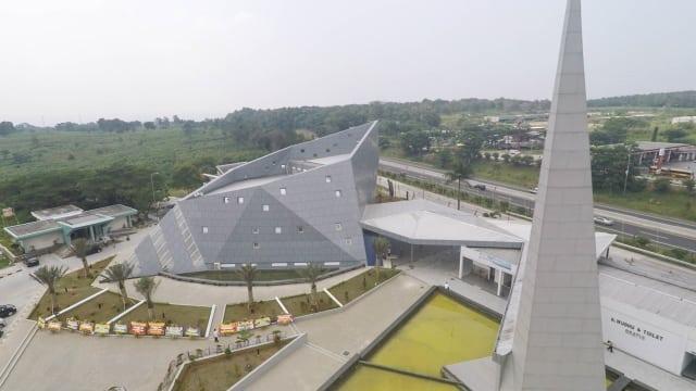 WOW! Inilah Masjid Rest Area Terbesar Di Indonesia