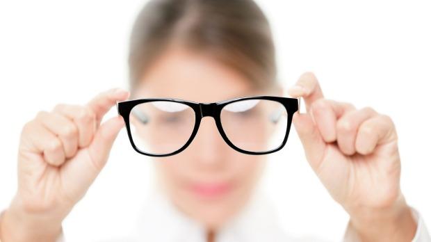 Cara alami menyembuhkan mata rabun