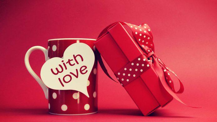 5 hadiah yang bisa diberikan saat valentine