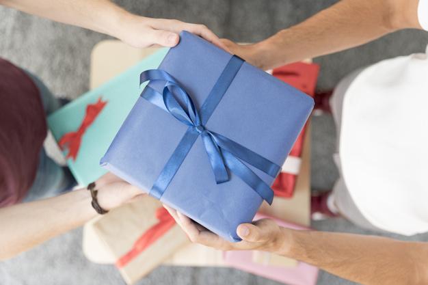 Ide Pilihan Hadiah Buat Teman Yang Memiliki Rumah Baru