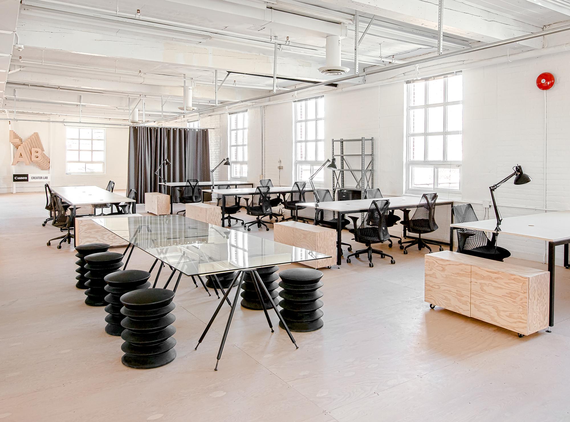 Desain Kantor Minimalis Keren Yang Bikin Kamu Makin Rajin Kerja