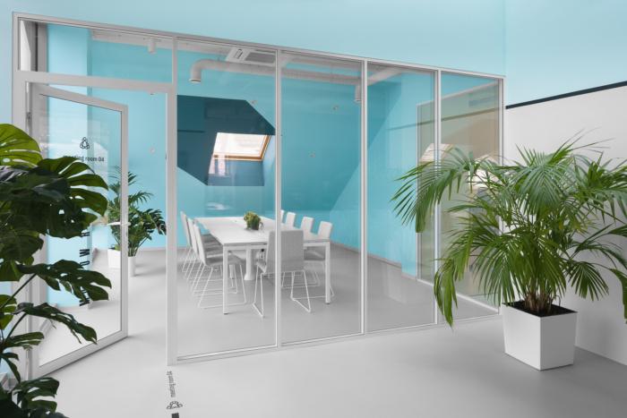 Intip Yuk Kantor Appodeal yang Futuristik Banget