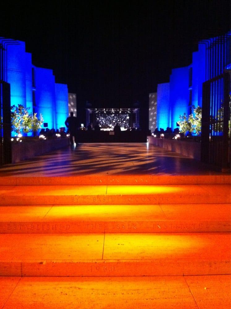 Intip Yuk Indahnya Salk Institute , Tempat Pemotretan si tampan Kris Wu