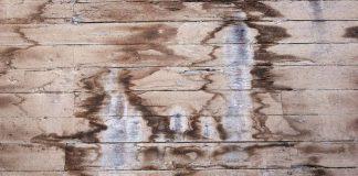 Tips Membersihkan Material Kayu Dari Noda Tanpa Merusaknya
